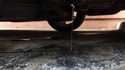 Nguyên nhân phổ biến gây ra hiện tượng rò rỉ nước dưới gầm xe